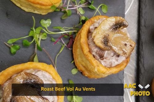 "Roast Beef Vol Au Vents • <a style=""font-size:0.8em;"" href=""http://www.flickr.com/photos/159796538@N03/49318636032/"" target=""_blank"">View on Flickr</a>"