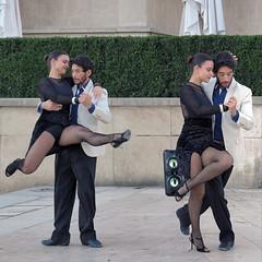 Danseurs de tango argentin en pleine action (pivapao's citylife flavors) Tags: paris france trocadero girl streetartist stitched beauties