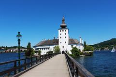 Schloss Ort / Замък Орт (mitko_denev) Tags: езеро lake see природа österreich austria австрия гмунден gmunden oberösterreich upperaustria горнаавстрия seeschloss schloss castle lakecastle ort замък траунзее traunsee