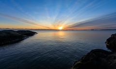 Sunset (Antti Tassberg) Tags: meri suomenlinna landscape helsinki suomi auringonlasku aurinko finland scandinavia sea sun sundown sunset suokki sveaborg viapori
