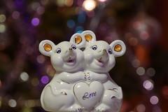 С Новым 2020-м годом! Happy New Year 2020! (Владимир-61) Tags: новыйгод праздник украшения статуэтка мышь newyear holiday decoration figurine mouse sony ilca68 minolta75300 2020