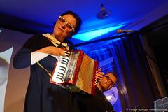 Erika Stucky: akkordeon, vocals / Knut Jensen: keys, ukulele (jazzfoto.at) Tags: rx100mv rx100m5 sony musikbeimwirt wwwjazzfotoat fornach fornachoberösterreich upper austria gasthauslohninger httpwwwghlohningerat httpswwwfacebookcommusikbeimwirt walterstruger jazzfoto jazzfotos jazzphoto jazzphotos markuslackinger blitzlos ohneblitz noflash withoutflash concert konzert concerto musiker musician