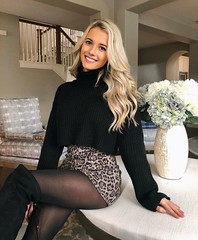Turtleneck (bootar) Tags: turtleneck leopardprint miniskirt boots sweater blonde longblondehair blondehair