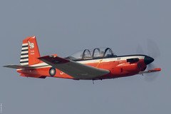 Beech T-34C-1 Turbo Mentor RoCAF 3418 / 84018 making a fly-by before braking for landing on Gangshan AFB (Jeroen.B) Tags: 2019 roc rocaf republicofchina taiwan 中華民國空軍 beech t34c1 t34 t34c turbo mentor 84018 gangshan afb rcay flight academy 3418 gp24