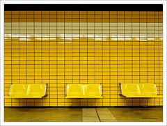 Gelb (dolorix) Tags: dolorix köln cologne architektur architecture ubahn underground gelb yellow