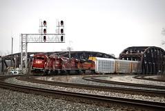 Geeps on a Road Train? (AdamElias14) Tags: canadianpacific bnsf emd gp382 indianaharborbelt vehicletrain blueislandil cp141 cp3053 cp3130