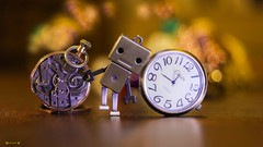 #OnTime - 7929 (✵ΨᗩSᗰIᘉᗴ HᗴᘉS✵92 000 000 THXS) Tags: danbo ontime atemps nahora friday flickrfriday flickerfriday yellow old bokeh canonrp clock watch belgium europa aaa namuroise look photo friends be yasminehens interest eu fr party greatphotographers lanamuroise flickering challenge