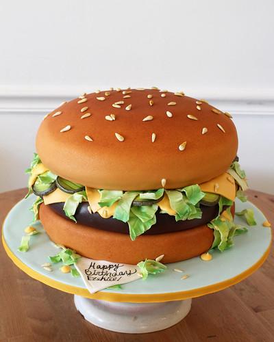 McDonalds Hamburger Cake