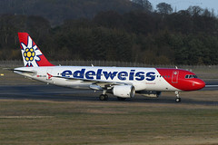 HB-IJW Airbus A320-214 EGPH 03-01-20 (MarkP51) Tags: hbijw airbus a320214 a320 edelweissair wk edw edinburgh airport edi egph scotland airliner aircraft airplane plane image markp51 nikon d500 sunshine sunny nikon200500f56vr