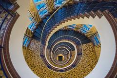 Brahms-Kontor (Elbmaedchen) Tags: treppenauge treppenhaus stairwell escaliers escaleras interior spirale stairs steps stufen helix upanddownstairs roundandround schnecke brahmskontor hamburg kontorhaus johannesbrahmsplatz spiral