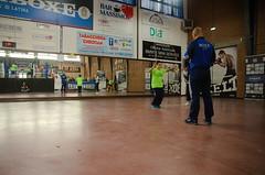 46897 - Intruder (Diego Rosato) Tags: boxe boxing pugilato boxelatina criterium giovanile young little boxer piccolo pugile nikon d700 tamron 2470mm rawtherapee maestro master corda rope salto jump photographer fotografo intruder intruso