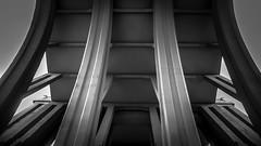 Pillars (Lea Ruiz Donoso) Tags: blancoynegro byn bw blackandwhite viaducto puentes paisajeurbano madrid arquitectura columnas pilares