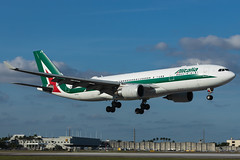 EI-EJL Alitalia Airbus A330-200 (AM Photography Alfonso M) Tags: amphotography amphoptography alfonsomartinez amazing airplanes airlines planes planespotting photography plane eiejl alitalia airbus a330200
