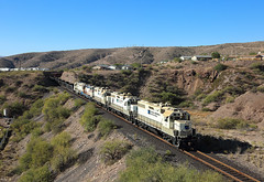 50+49+52+55+59, Clifton AZ,  4 Nov 2019 (Mr Joseph Bloggs) Tags: arizona railroad usa america gold united railway copper states freeport clifton morenci mcmoran train merci zug cargo 49 end electro motive division 50 bahn treno freight gp382 gp38 55 59 52