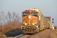 Santa Claus Drives a GE (sd39u1556) Tags: bnsf ge es44dc missouri farley mani manifest sunrise railfan railroad railroading