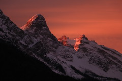 First light and peaks (Robyn Hooz) Tags: dolada cadore valledicadore neve snow peak dolomites dolomiti fuoco rosso