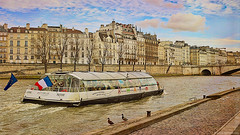 Under Paris skies…  ༽  ˳♪⁎˚♫ (Mona Zimba) Tags: seine paris ducks riverbanks cruise batobus sightseeing visualart saariysqualitypictures cityartistsfreeart