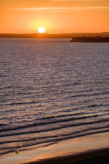 Puerto Madryn, Argentina (Jose Antonio Abad) Tags: agua joséantonioabad mar paisaje amanecer pública chubut argentina naturaleza america puertomadryn panorámica playa lanscape sea beach dawn nature salidadelsol sunrise sunup water provinciadelchubut