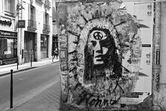 Rue de la Verrerie (just.Luc) Tags: urbanart streetart graffiti grafitti parijs parigi paris îledefrance france frankrijk frankreich francia frança bn nb zw monochroom monotone monochrome bw europa europe