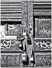 Pentax Auto 110 (1978) (Black and White Fine Art) Tags: pentaxauto1101978 pentaxmini pentax 110filmcartridge 110film 16mm fomapanclassic100 kodakd76 sanjuan old san juan oldsanjuan viejosanjuan puertorico niksilverefexpro2 lightroom3 bn bw