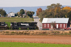 15-7581 (George Hamlin) Tags: pennsylvania lees crossroads railroad train light motive power ns 990 5124 emd gp382 farm field road mountain barn rural autumn fall color george hamlin photography photodecor house