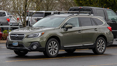 2019 Subaru Outback (mlokren) Tags: 2019 car spotting photo photography photos pic picture pics pictures pacific northwest pnw pacnw oregon usa vehicle vehicles vehicular automobile automobiles automotive transportation outdoor outdoors fuji heavy industries subaru outback wagon cuv crossover green