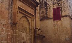 DSC_0274 (inismona263) Tags: malta architecture mdina window