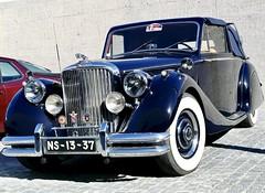 Jaguar SS 2.5 Cabriolet (1938) (pedrosimoes7) Tags: jaguar classiccar classic britishcars autoglamma automobile auto automóvel vehicle portugusecoachmuseumparking lisbon portugal