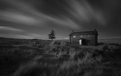 Country House (www.neilburnell.com) Tags: le longexposure 720nm r72 hoya mono monochrome mood atmosphere nunscross dartmoor dark