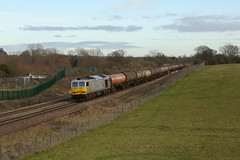 60066 at Hungerford Common (mikelalley73) Tags: drax tugs tanks