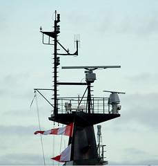 Mainmast HMS Tyne (phillipwilmshurst1) Tags: mainmast hms tyne river class opv portsmouth harbour