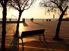 Vesprada (4) (calafellvalo) Tags: atardecerocasocalafellpostasunset sunset atardecer puesta tarde soir calafellvalo calafell playa beach colores natura