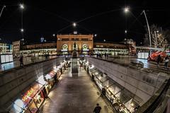 Hauptbahnhof Hannover (jörg_grontzki) Tags: nacht 75mm xt3 db schienennetz station railway bahn bahnhof hannover hauptbahnhof wideangle fischey