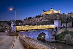 Puente de Alcantara con luces navideñas (emdier60) Tags: toledo alcazar puente de alcantara rio tajo castillalamancha nocturna emdier navidad
