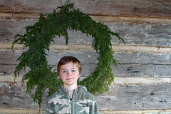 kingsmountcars (FAIRFIELDFAMILY) Tags: jason taylor grant carson child young boy children brothers log cabin kings mountain state park 2020 christmas wreath wall columbia fishing hunting vest camo red hair winnsboro fairfield county york sc south carolina nc north rock fireplace