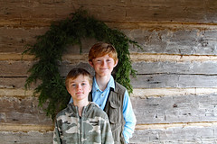 kingsmntpai (FAIRFIELDFAMILY) Tags: jason taylor grant carson child young boy children brothers log cabin kings mountain state park 2020 christmas wreath wall columbia fishing hunting vest camo red hair winnsboro fairfield county york sc south carolina nc north rock fireplace