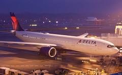 エアバスA330-900 Airbus A330-900 (ELCAN KE-7A) Tags: 日本 japan 千葉 china 成田 narita 国際 international 空港 airport エアバス airbus a330 330 900 飛行機 航空機 airplane 第1ターミナル terminal ペンタックス pentax k3ⅱ 2019