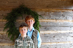 kingsmnt1 (FAIRFIELDFAMILY) Tags: jason taylor grant carson child young boy children brothers log cabin kings mountain state park 2020 christmas wreath wall columbia fishing hunting vest camo red hair winnsboro fairfield county york sc south carolina nc north rock fireplace