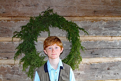 kingsmountgrant (FAIRFIELDFAMILY) Tags: jason taylor grant carson child young boy children brothers log cabin kings mountain state park 2020 christmas wreath wall columbia fishing hunting vest camo red hair winnsboro fairfield county york sc south carolina nc north rock fireplace
