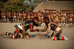huka huka (pguiraud) Tags: huka luttes yawalapiti serge guiraud kuarup rite du ritual do jabiru prod amazonie amazone amazon amazonia amérindiens amériquedusud brésil brasil brazil rituel ethnic ethnies ethnie joueurs de flûte cérémonie cérémonies cérémonia
