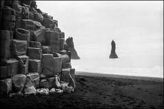 Hidden - Kodak outdated in the 70s (magnus.joensson) Tags: iceland summer canon ae1 50mm blackandwhite expired hidden grain shore beach