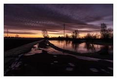 Solopgang (Kent 40D) Tags: morgen solopgang skyer farve vand vej kontrast is koldt himmel
