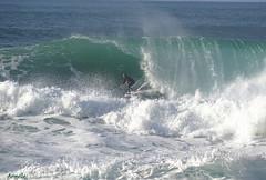 The surfer tube !👌 (Armelle85) Tags: extérieur nature mer océan vague tube surfeur nazaré portugal action