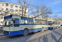 0117 + 0110 - 27.12.2019 (VictorSZi) Tags: romania targujiu oltenia transport transloc trolleybus troleibuz dac nikon nikond5300 winter iarna december decembrie