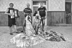Il carnevale di capodanno: I costumi delle capre - The new year carnival: The goats costums (drugodragodiego) Tags: cìrpesti cantemir moldova carnival capodanno folklore events portrait ritratto blackandwhite blackwhite bw biancoenero pentax pentaxk1 k1 pentaxdfa2470mmf28 hdpentaxdfa2470mmf28edsdmwr