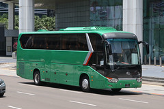 PC8683X, Raffles Boulevard, Singapore, October 11th 2018 (Southsea_Matt) Tags: pc8683x rafflesboulevard singapore october 2018 autumn canon 80d sigma 1850mm bus omnibus transport vehicle coach