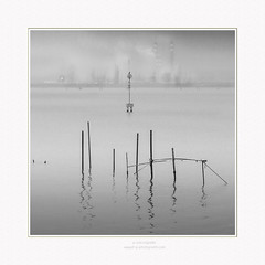delirium (paolo paccagnella) Tags: phpph© paccagnella 2020 exhibition territorio theamazingphotos yahoo:yourpictures=monochrome yahoo:yourpictures=art yahoo:yourpictures=blackandwhite up italy photo paesaggio ambiente acqua seascape bn bw blackandwhite monochrome minimal minimalism flickr foto fog