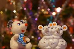 Мышки новогодние / New Year's mouses (Владимир-61) Tags: новыйгод 2020 праздник украшения игрушка статуэтка мышь newyear holiday decoration toy figurine mouse sony ilca68 minolta75300