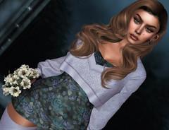 Lavender (Sparkle Mocha) Tags: dome seniha fashion hair blog 3d mesh blogger sl secondlife gamer blogging bento brunette firestorm blogg doux maitreya sparklemocha genushead genus sweater lode floral
