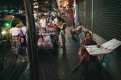 (a└3 X) Tags: street alexfenzl color farbe people person streetphoto streetphotography 3x city citylife urban a└3x menschen availablelight wow leute menschenbilder thai bangkok thailand